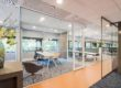 Arnhem QServe Glaswanden Plafonds Interieur Intermontage quub