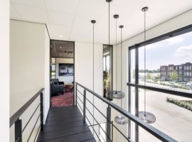Rijnsburg Kantoor Glaswanden Plafond Systeemwanden Akoestiek Geluidsisolatie Intermontage