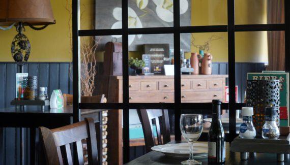 Scherm ClassicFrame Preventiescherm Horeca Rolscherm Restaurant Intermontage