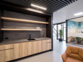 Veenendaal Hardeman Heartfelt Maatwerk Interieur Balie Pantry Kast Intermontage 016